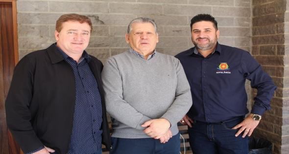 Chefe da Casa Civil do Estado do Paraná visita Matelândia