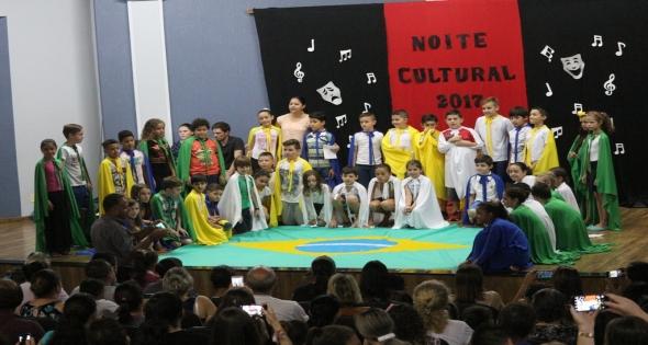 Noite Cultural da Escola Dom Bosco lota Câmara Municipal