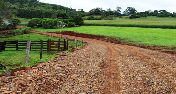 Secretaria Obras realiza melhorias no interior de Matelândia