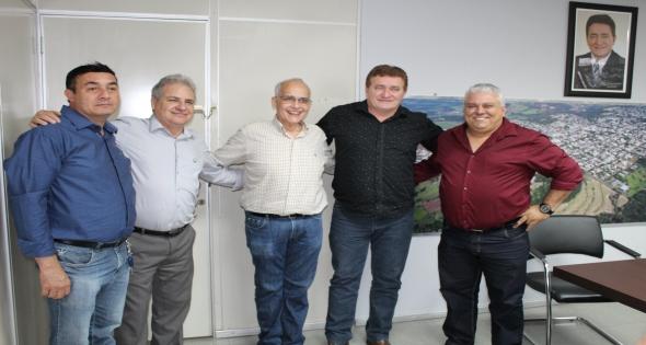 Sec de Saúde do Pr e Chefe da 9° Regional Visitam Matelândia